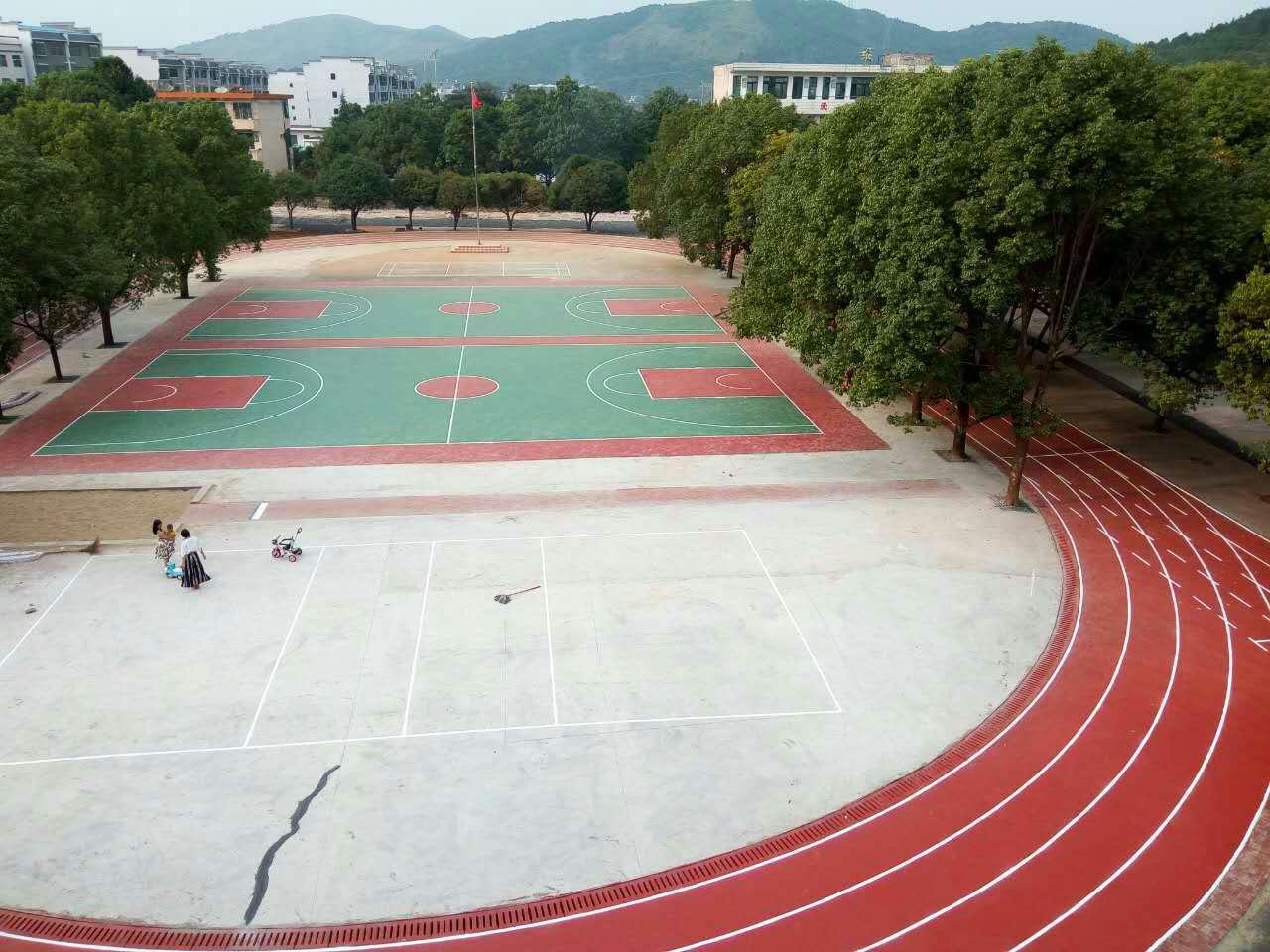 球场、跑道